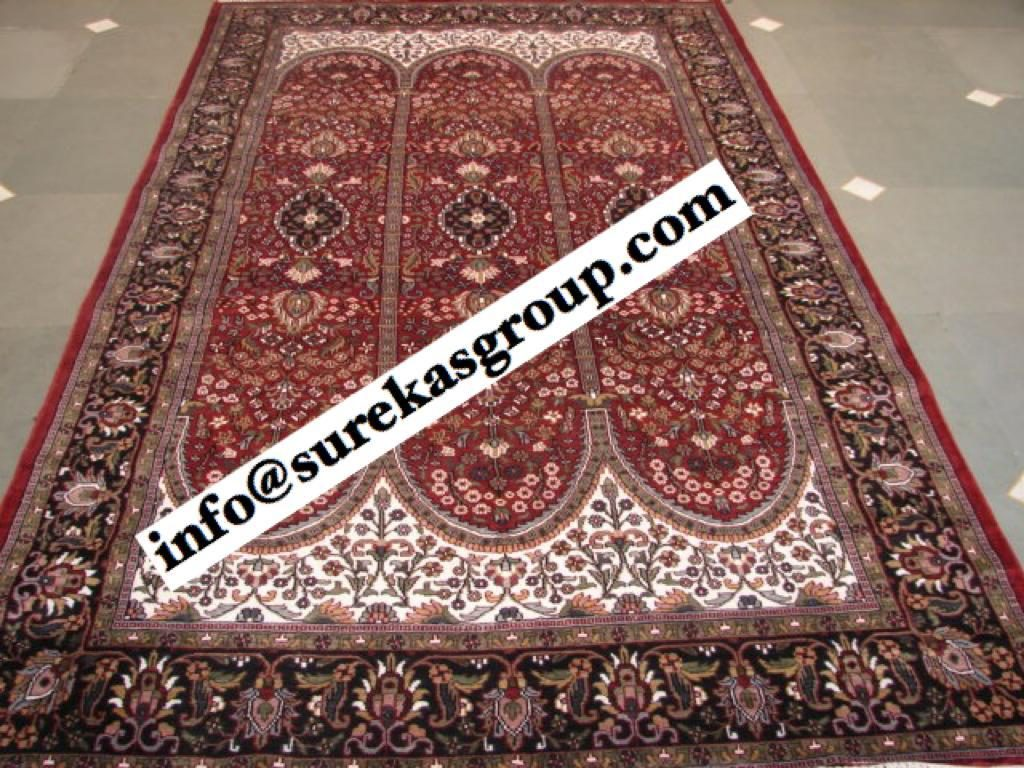 Traditional Silk Rug made in India